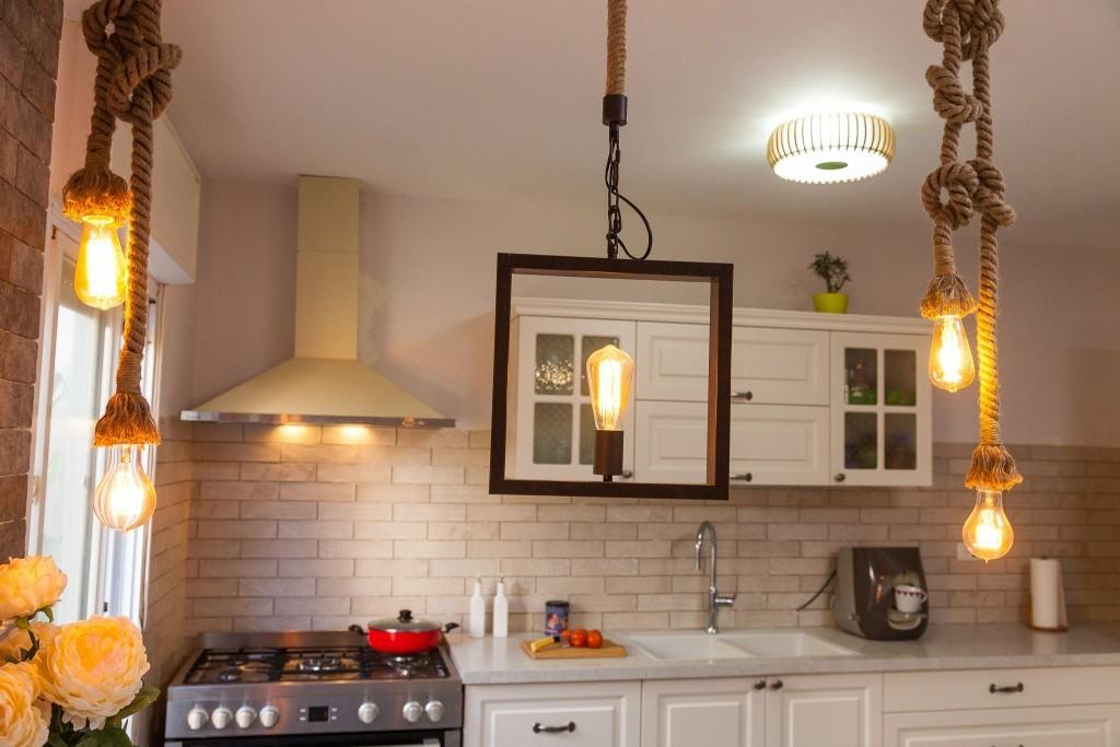 תכנון תאורת מטבח בשיפוץ